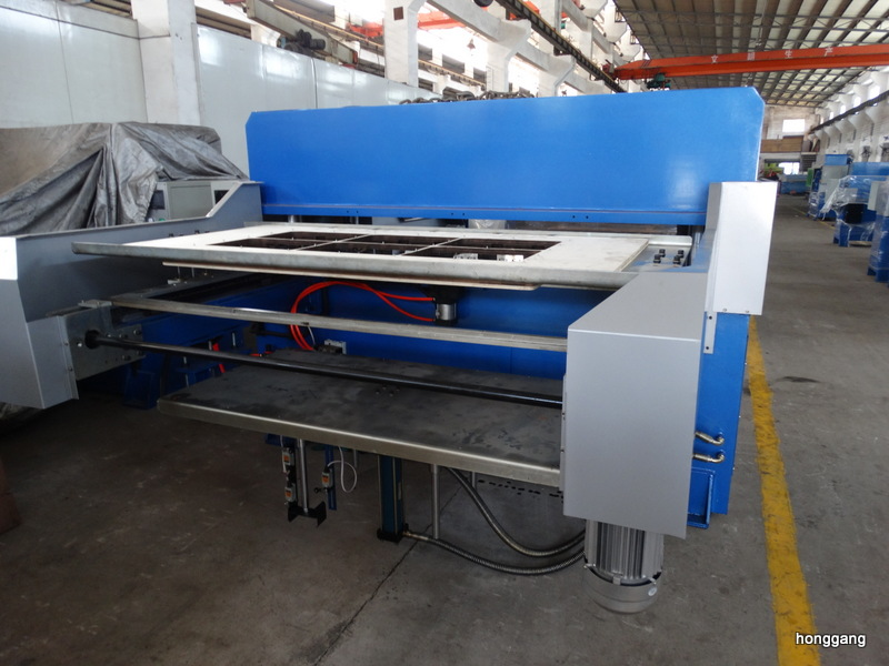 Special blister cutting stacking machine