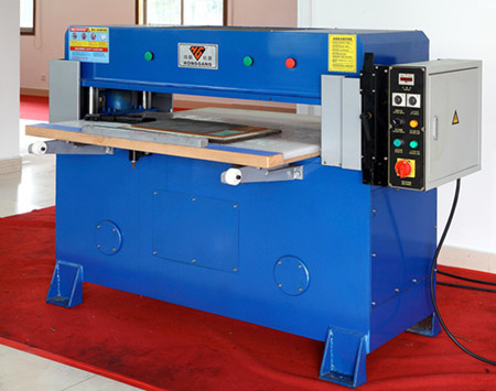 four pillar hydraulic cutting press machine