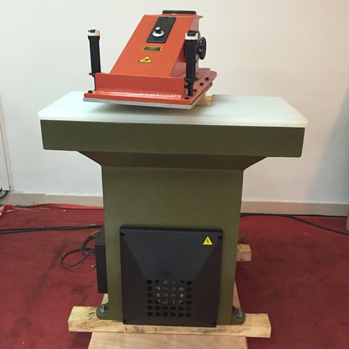 clicker die cutting press machine