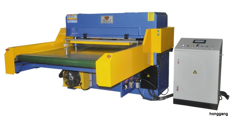 Hydraulic Die Cutting + Heating Machine for Soundproofing Cotton