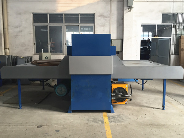 200tons automatic die clicker press