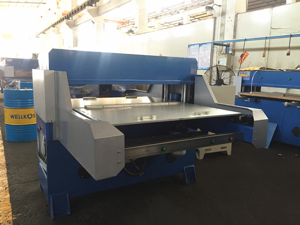 30tons Double Site Automatic Cutting Machine