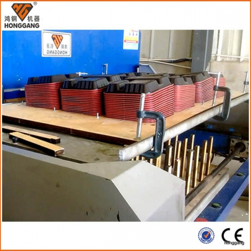 Automatic blister plastic tray die cutting stacking machine